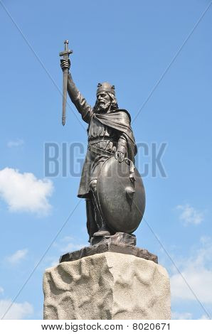 King Alfred The Great Statue At Winchester England