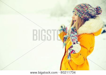 Young Woman Outdoor Winter Lifestyle happiness emotions