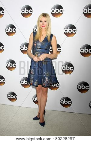 LOS ANGELES - JAN 14:  Justine Lupe at the ABC TCA Winter 2015 at a The Langham Huntington Hotel on January 14, 2015 in Pasadena, CA