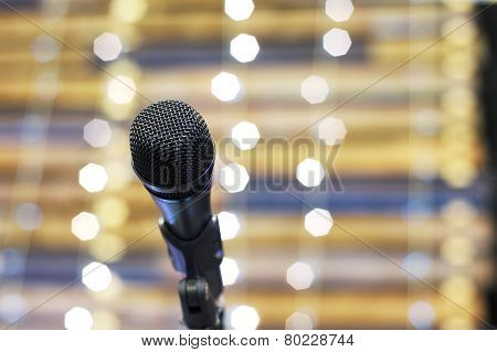 On stage mic