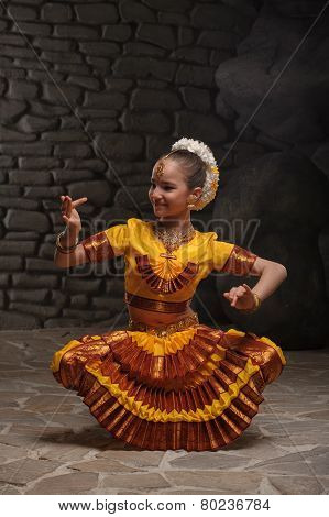 Indian dancing girl on the stone