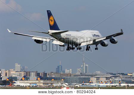 Lufthansa Boeing 747-400 Frankfurt Airport