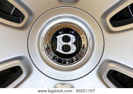 Logo Of Bentley On Wheel