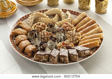 Dish with fresh baked Moroccan cookies