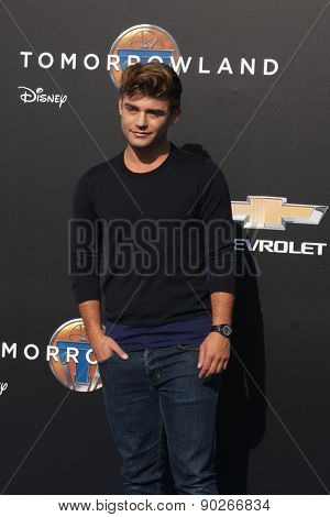LOS ANGELES - MAY 9:  Garrett Clayton at the
