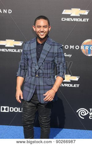 LOS ANGELES - MAY 9:  Tahj Mowry at the