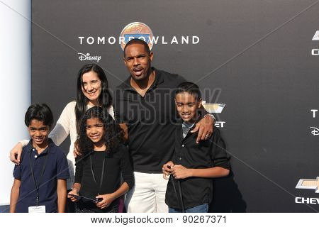 LOS ANGELES - MAY 9:  Jason George, family at the