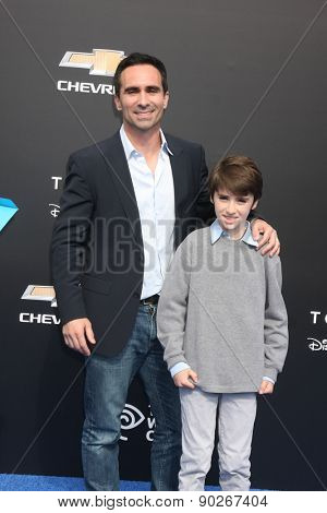 LOS ANGELES - MAY 9:  Nestor Carbonell at the