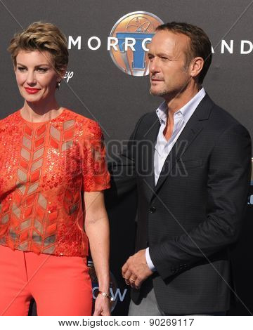 LOS ANGELES - MAY 9:  Faith Hill, Tim McGraw at the