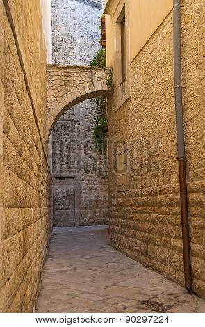 Alleyway. Molfetta. Puglia. Italy.