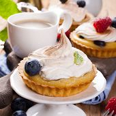 image of curd  - Mini lime curd tartlets with meringue - JPG