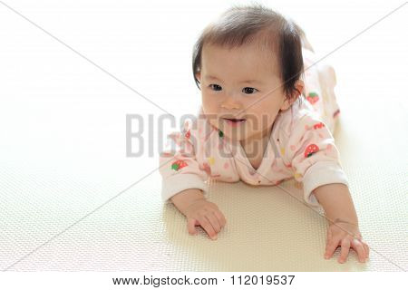 Crawling Japanese baby girl (0 year old)