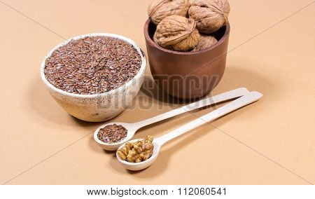 Sources Of Omega 3 Fatty Acids: Flaxseeds And Walnuts