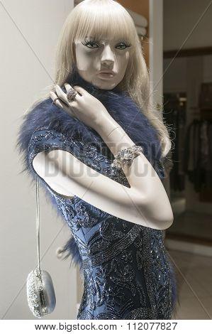 Fashion Mannequin Retail Display
