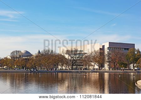 The Capitol Reflecting pool and National Art Gallery buildings
