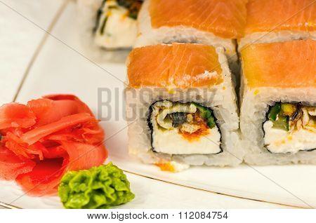 Sushi Rolls Maki