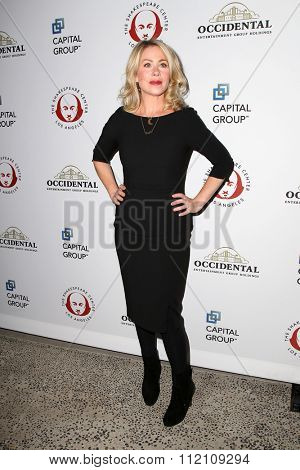 LOS ANGELES - DEC 8:  Christina Applegate at the 25th Annual Simply Shakespeare at the Broad Stage on December 8, 2015 in Santa Monica, CA