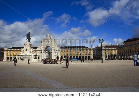 Arco Da Rua Augusta, Triumphal Arch On The Palace Square