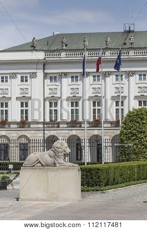 Warsaw, Poland - July 09, 2015: Presidential Palace In Warsaw, Poland. Before It: Bertel Thorvaldsen