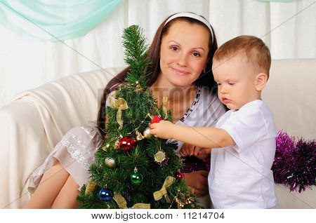 Jovem mãe e seu filho