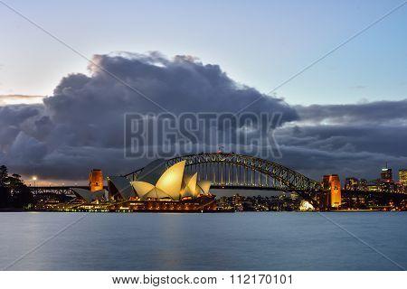 Sydney Australia - January11, 2016 : View Of Sunrise At Sydney Opera House In Sydney, Australia