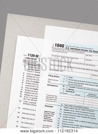 Close - up U.S. income tax form
