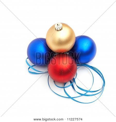 rot und blau Christmas bulbs