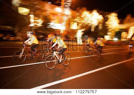 Groups Of Cyclists In Bike For Dad.
