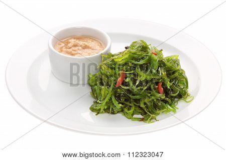 Salad Chuka Seaweed with peanut sauce