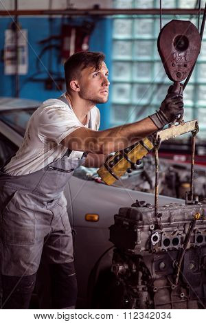 Experienced Mechanic In Shop