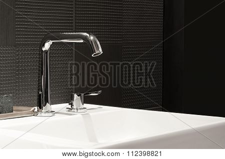 Faucet With White Wash Basin