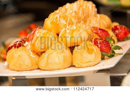 Eclair With Stuffing