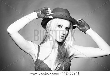 Sexy Cowboy Girl
