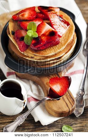 Stack Of Pancakes With Fresh Strawberry And Balsamic Glase In Frying Pan