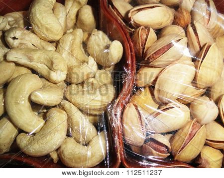 Delicious Healthy Mixed Dry Fruits, Cashew Nut and Pistachio