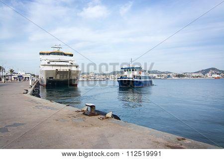 Aquabus Small Ferry Boat To Formentera