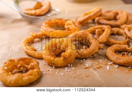 Onion Rings With Chili On Top