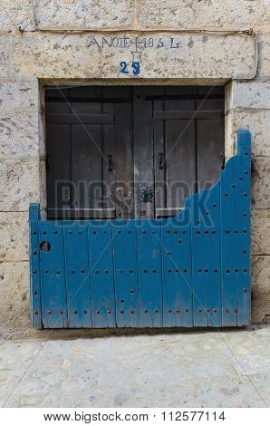 Batipuerta Painted In Blue