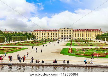 Vienna, Austria-september 11, 2015: Upper Belvedere. Tourists, People Near Main Palace Complex Belve