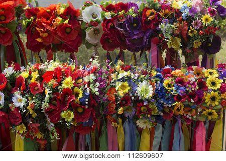 Many ukranian decoration for head