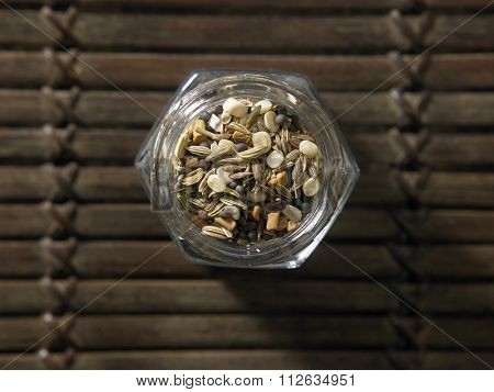 Panch Phoron (also called panch phoran or paanch phoron) literally means five spices. It is a spice blend consists of the following seeds: Cumin, Brown Mustard, Fenugreek, Nigella and Fennel