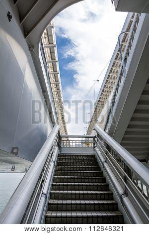 Staircase climb