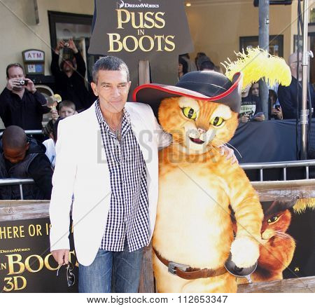 WESTWOOD, CALIFORNIA - October 23, 2011. Antonio Banderas at the Los Angeles premiere of