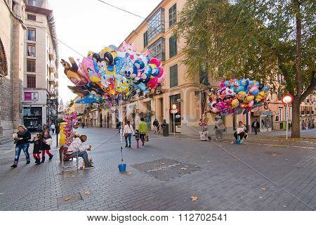 Helium Balloon Vendors