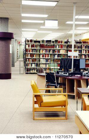 Universität Bibliothek vertikal