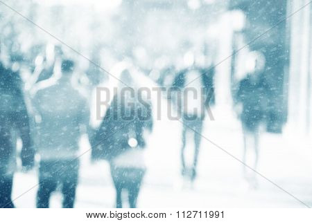 City commuters in winter