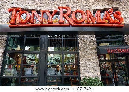 Tony Roma's Restaurant Exterior And Logo.