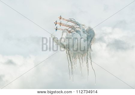 aviafighters SU-27 let out thermal traps