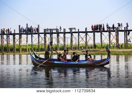 Mandalay, Myanmar- February 21, 2015 : Unidentified Visited On A Boat Ride To See At U Bein Bridge O