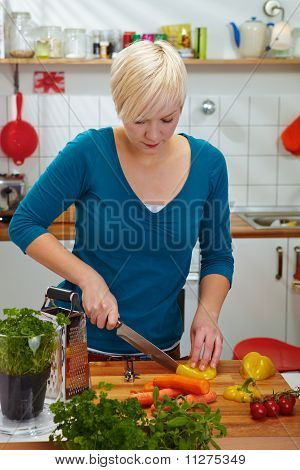Mulher é fatiar Paprika